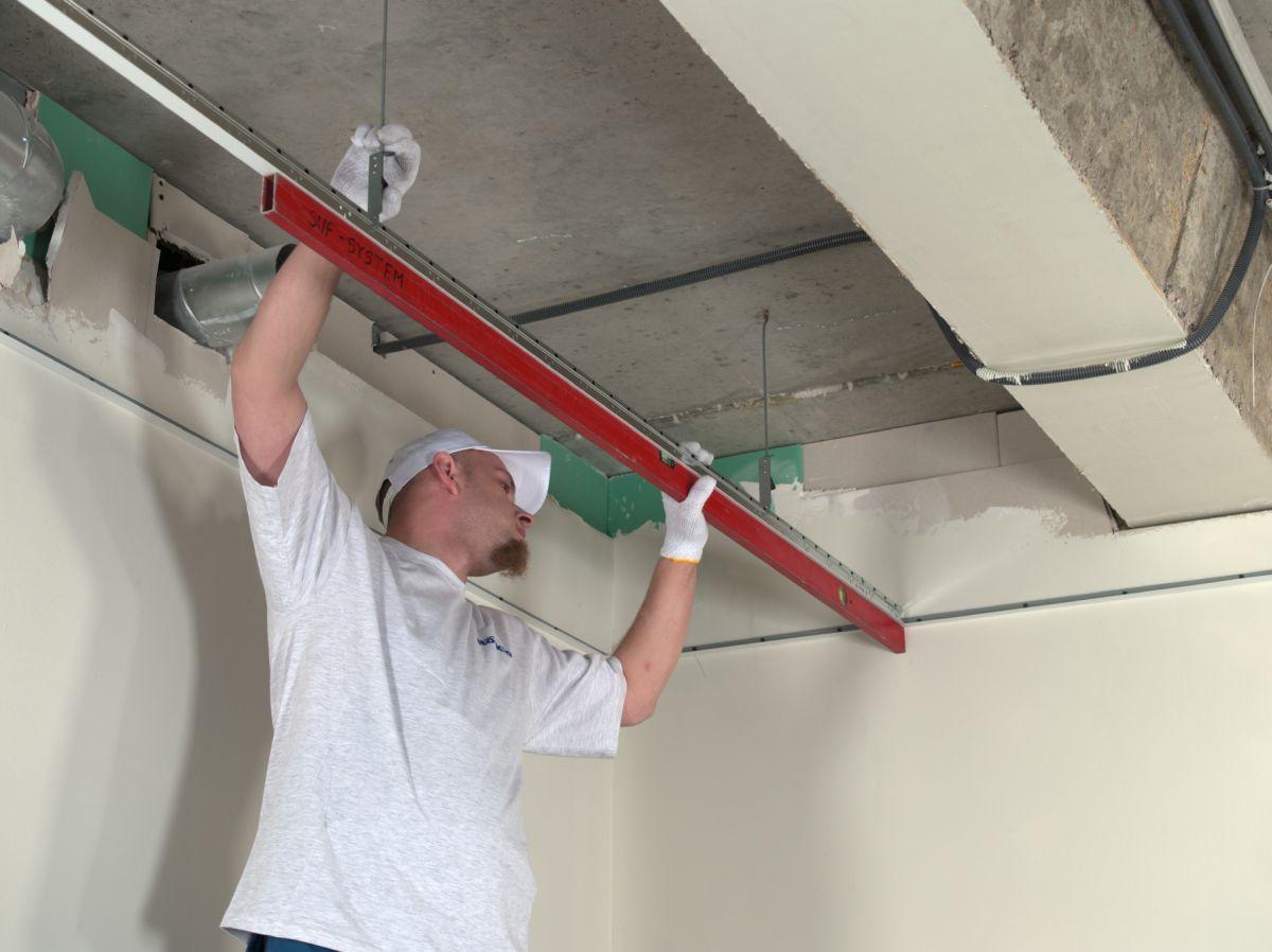 Вентиляция под натяжным потолком своими руками6